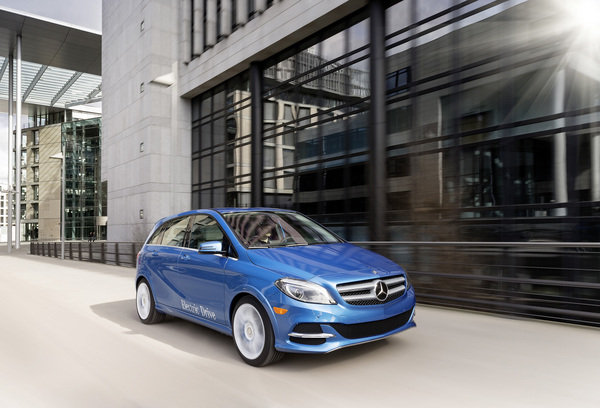 2014 mercedes benz b class electric drive car review top speed. Black Bedroom Furniture Sets. Home Design Ideas