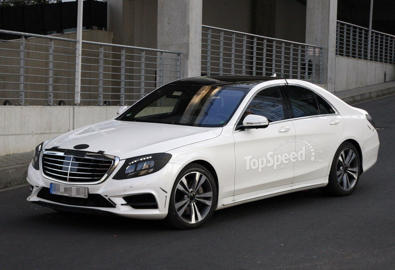 Spy Shots: 2014 Mercedes S-Class Caught up Close With Almost no Camouflage