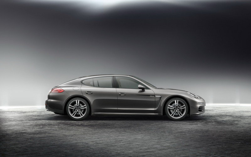 2014 Porsche Panamera High Resolution Exterior - image 500661