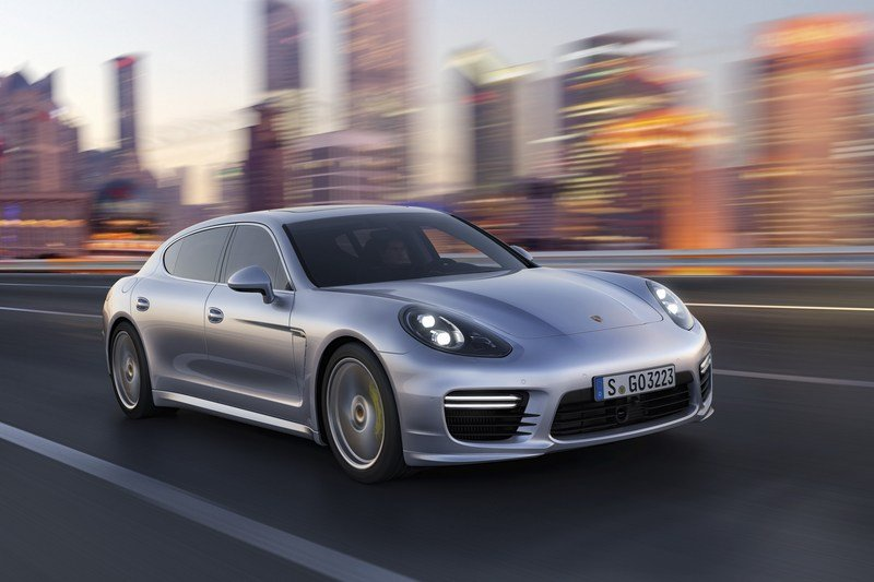 2014 Porsche Panamera High Resolution Exterior - image 500638