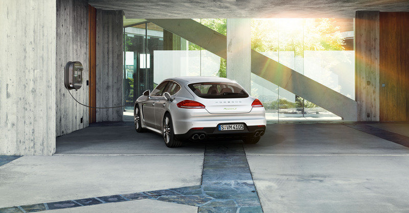 2014 Porsche Panamera High Resolution Exterior - image 500698