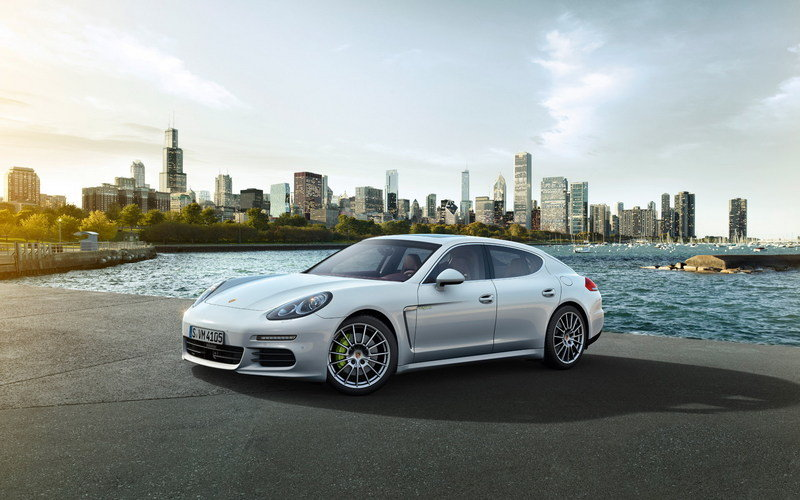 2014 Porsche Panamera S E-Hybrid High Resolution Exterior - image 500713