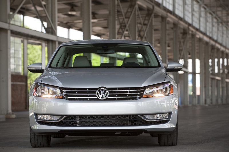 2013 Volkswagen Passat Wolfsburg Edition High Resolution Exterior - image 503362