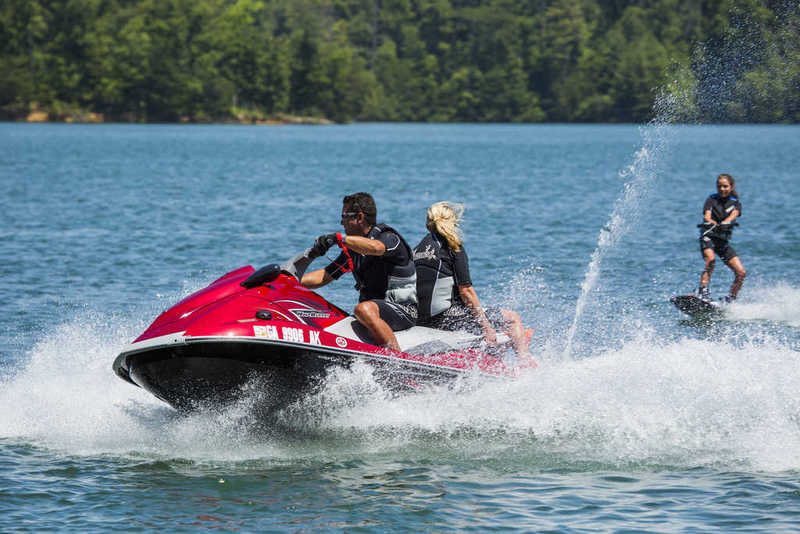 2013 Yamaha VX Deluxe High Resolution Exterior - image 502692