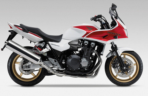 2013 Honda CB1300S C-ABS Review - Top Speed