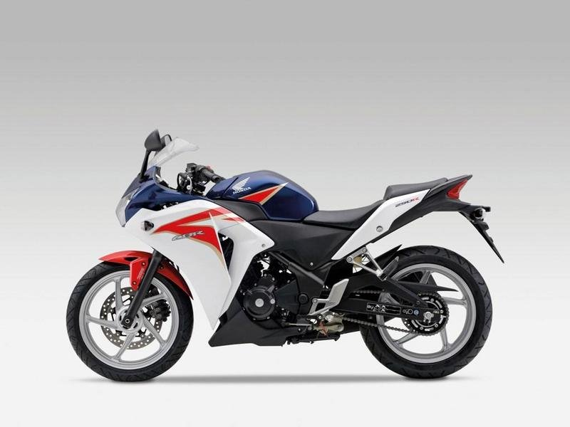 Young Machine Scoops Honda's Plan For Twin-Cylinder CBR250RR