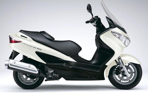 2013 suzuki burgman 125 motorcycle review top speed. Black Bedroom Furniture Sets. Home Design Ideas