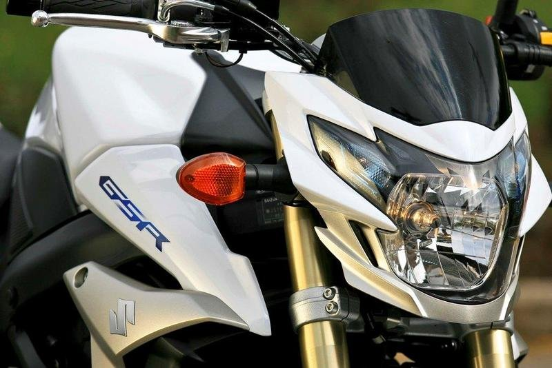 2013 suzuki gsr750 review - photo #13