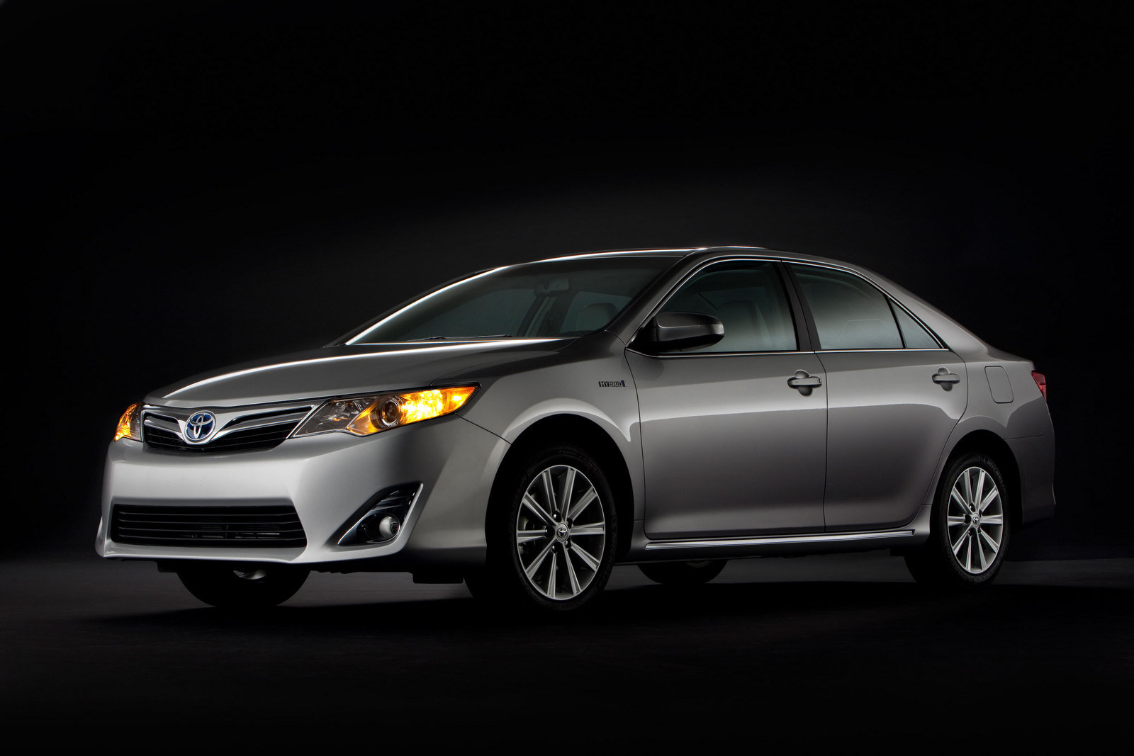 2013 toyota camry hybrid review gallery top speed. Black Bedroom Furniture Sets. Home Design Ideas