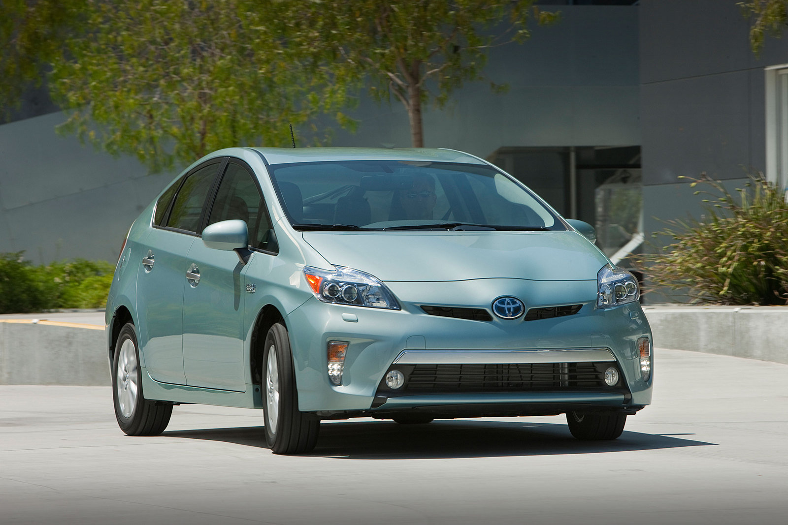 2013 Toyota Prius Plug-in Hybrid Review - Top Speed