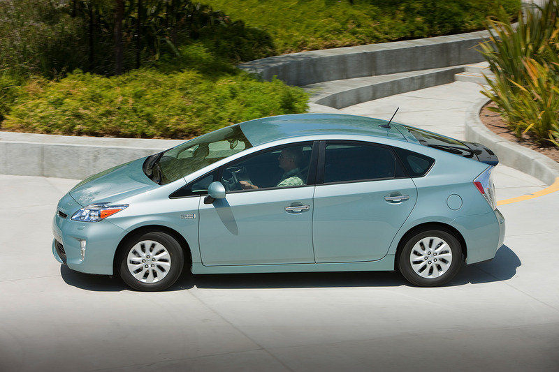 2013 Toyota Prius Plug-in Hybrid High Resolution Exterior - image 508457