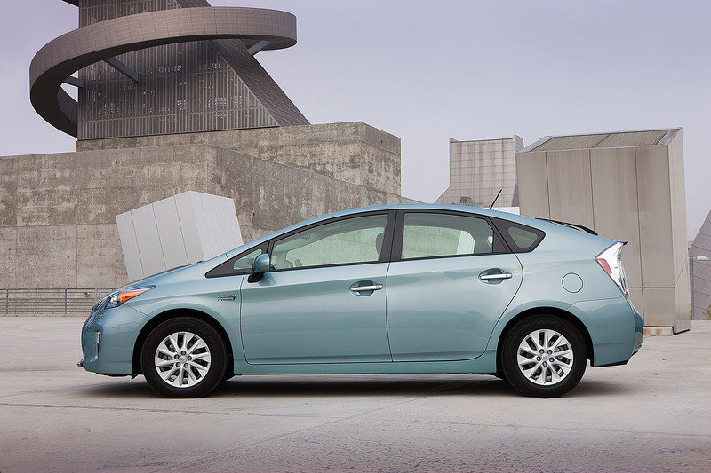 2013 Toyota Prius Plug-in Hybrid High Resolution Exterior - image 508459