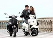 2013 Vespa GTS 300 IE SUPER - image 508648