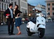 2013 Vespa GTS 300 IE SUPER - image 508672
