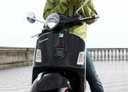 2013 Vespa GTS 300 IE SUPER - image 508655