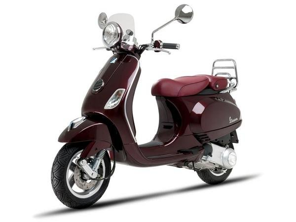 How Much Is A Catalytic Converter >> 2013 Vespa LXV 150 IE | motorcycle review @ Top Speed