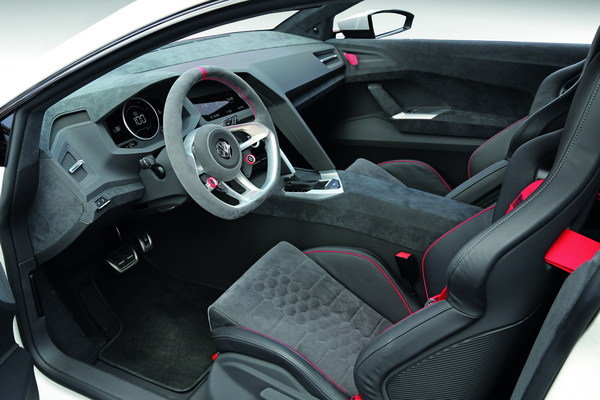 2013 volkswagen design vision gti concept car review for Interior visions designs