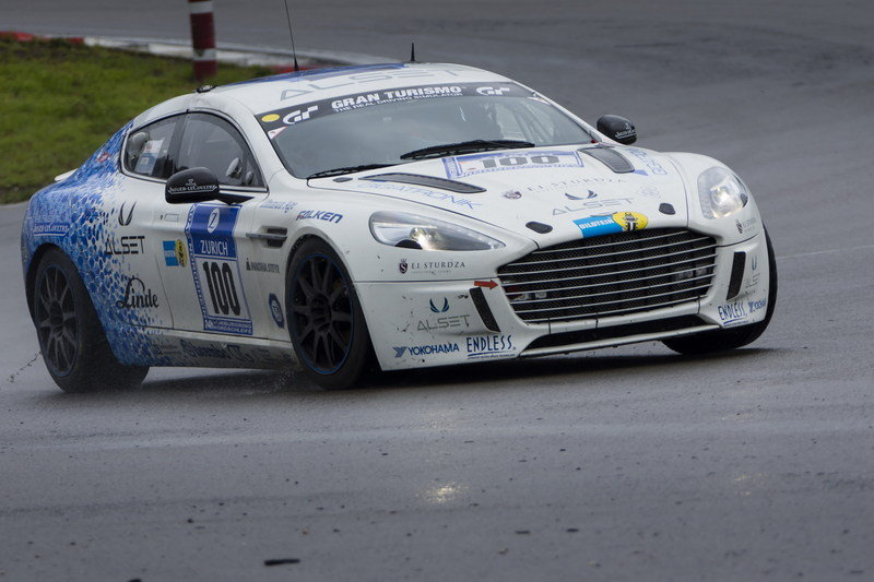 Aston Martin Hydrogen Rapide S Becomes First Emission-Free Car to Lap an International Race