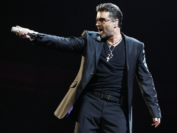 george michael falls from a range rover at 70 mph picture