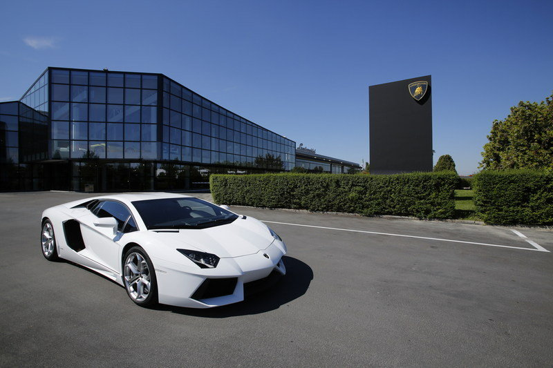 Lamborghini Celebrating its 50th Anniversary with Grande Giro High Resolution Exterior Wallpaper quality - image 504409
