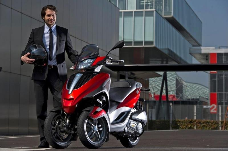 2013 Piaggio MP3 300 LT Yourban High Resolution Exterior - image 508968
