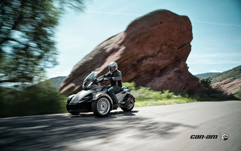 2013 Can-Am Spyder ST High Resolution Exterior - image 509781