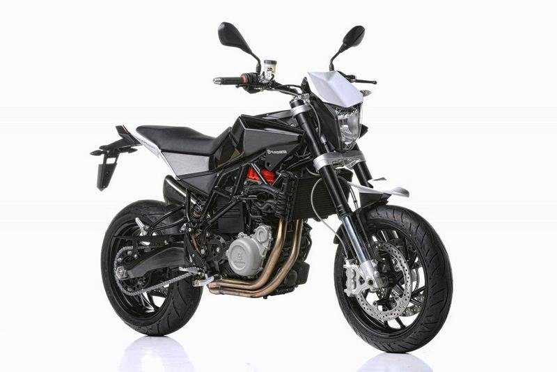 husqvarna nuda 900r reviews specs prices top speed. Black Bedroom Furniture Sets. Home Design Ideas
