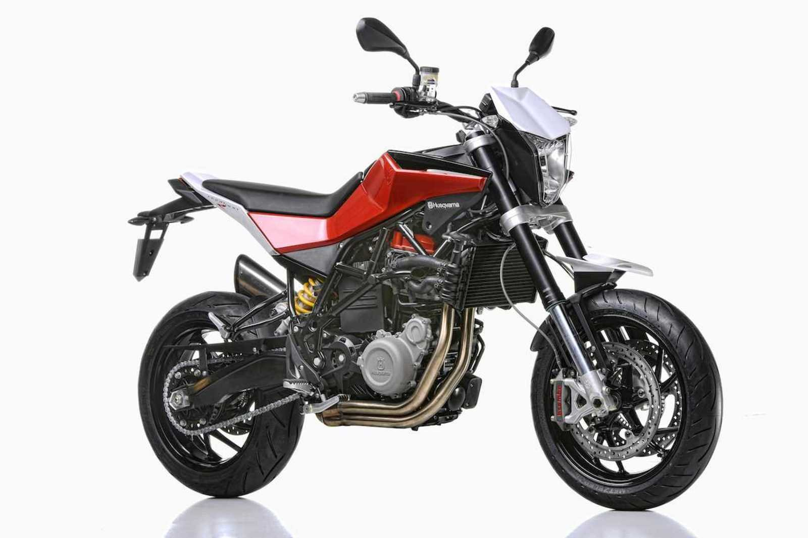 2013 husqvarna nuda 900r review top speed. Black Bedroom Furniture Sets. Home Design Ideas