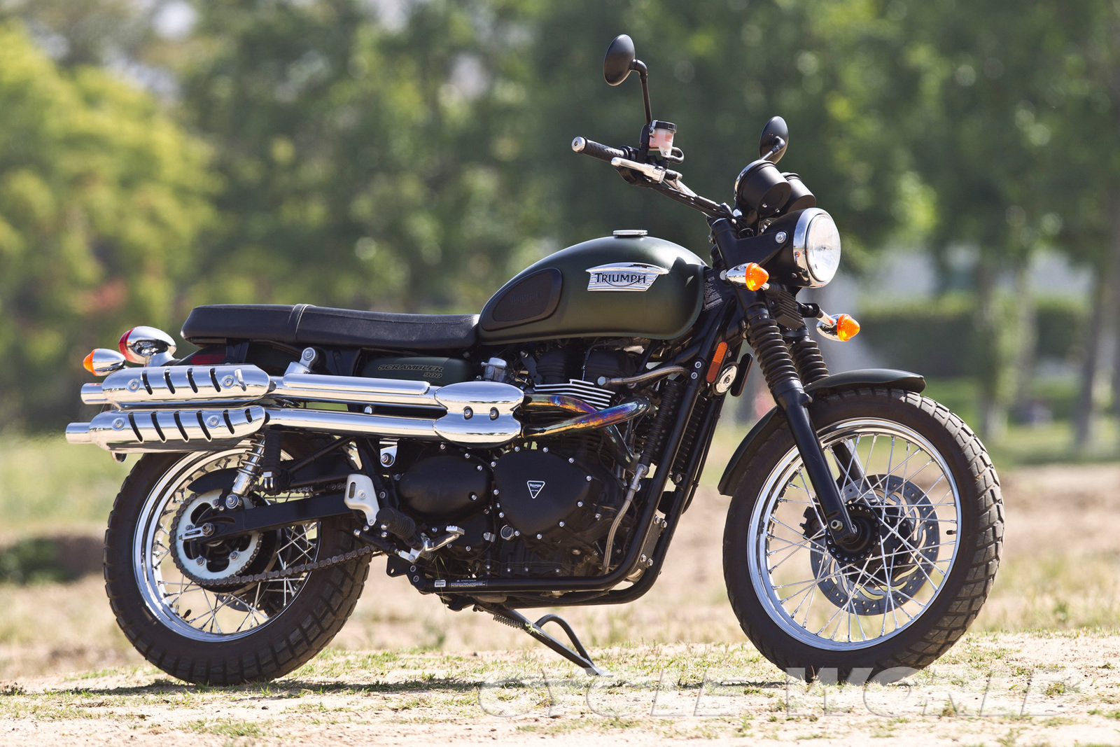 2013 triumph scrambler review top speed. Black Bedroom Furniture Sets. Home Design Ideas