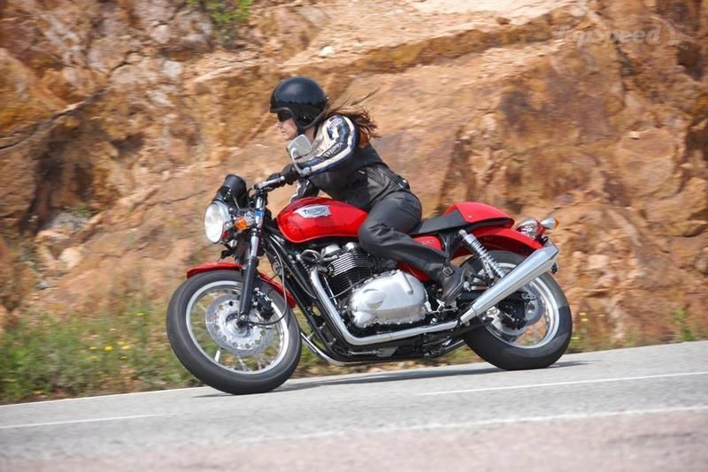 2013 Triumph Thruxton High Resolution Exterior - image 511641
