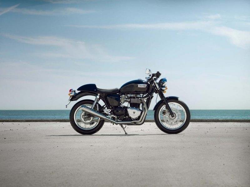 2013 Triumph Thruxton High Resolution Exterior - image 511634