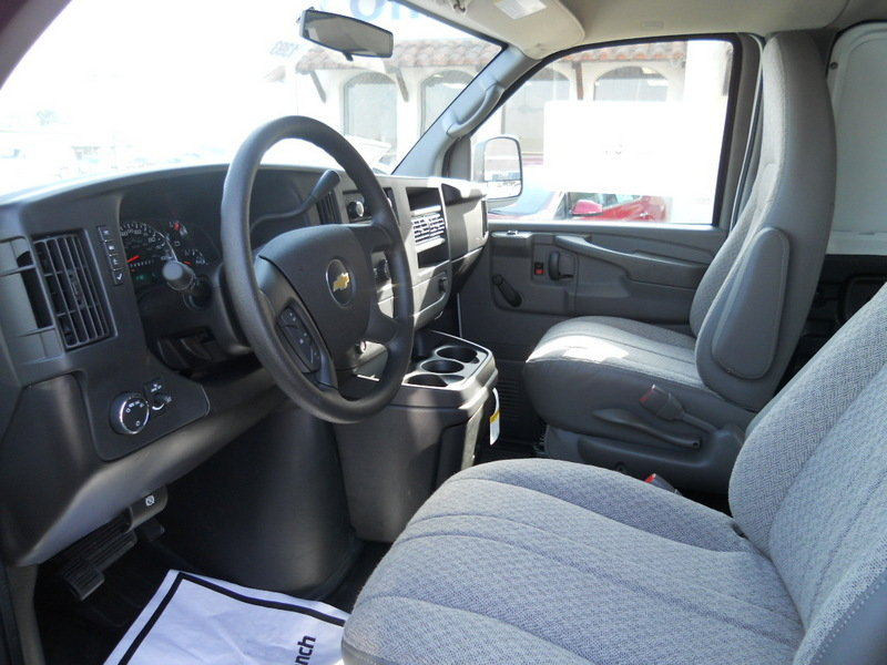 2013 Chevrolet Express Interior - image 509060