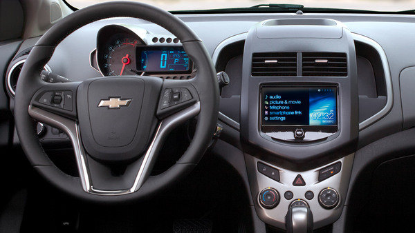 2014 chevrolet sonic rs car review top speed. Black Bedroom Furniture Sets. Home Design Ideas