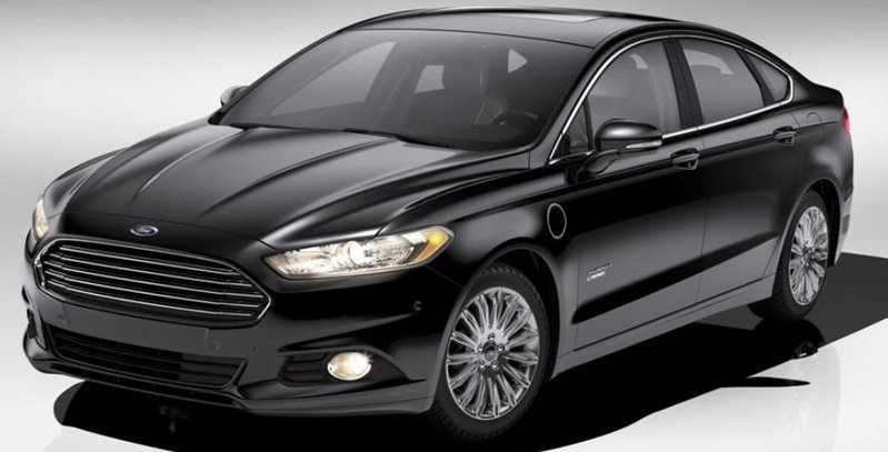 2014 Ford Fusion Energi Exterior - image 513046