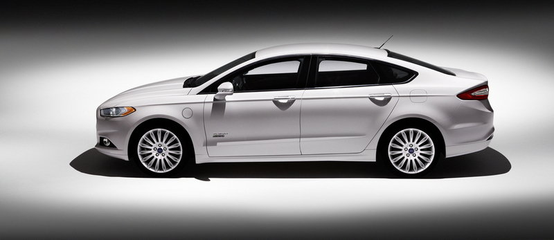 2014 Ford Fusion Energi High Resolution Exterior - image 513030