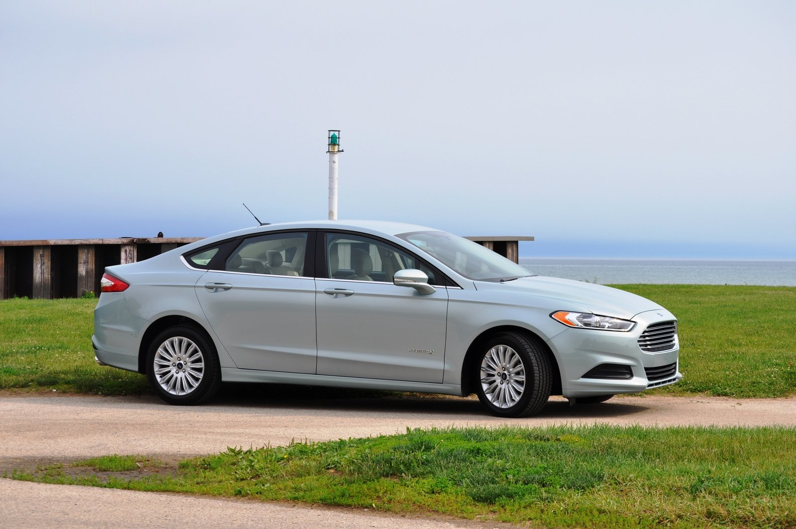2014 ford fusion hybrid picture 512570 car review top speed. Black Bedroom Furniture Sets. Home Design Ideas