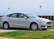 2014 Ford Fusion Hybrid - image 512556