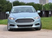 2014 Ford Fusion Hybrid - image 512558