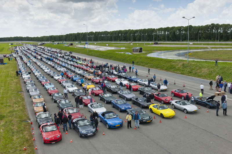 Mazda MX-5 Sets a New World Record - image 510851