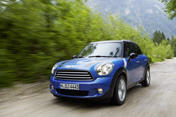 2017 mini cooper s e countryman all4 car review top speed. Black Bedroom Furniture Sets. Home Design Ideas