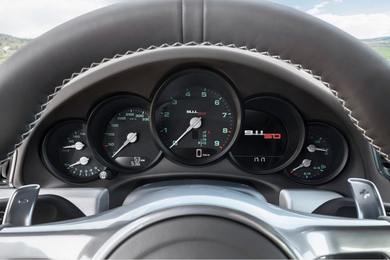 2014 Porsche 911 Carrera S 50th Anniversary Edition Interior - image 509285