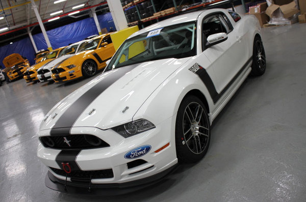 2014 ford mustang boss 302s car review top speed. Black Bedroom Furniture Sets. Home Design Ideas