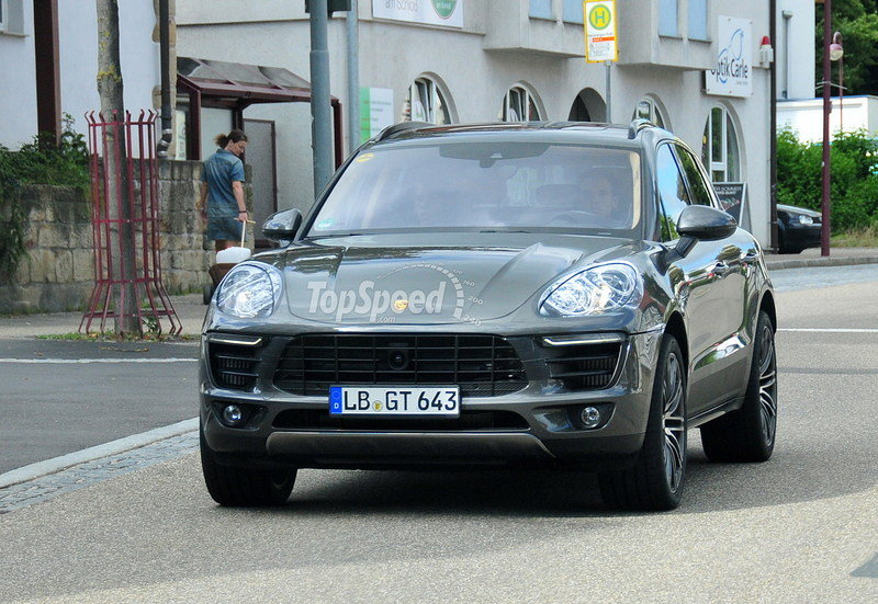 Spy Shots: Porsche Macan Shows its Turbo Trim