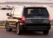 2014 Chrysler Town & Country - image 517007