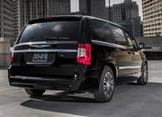 2014 Chrysler Town & Country - image 517014