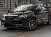 2014 Chrysler Town & Country - image 516976