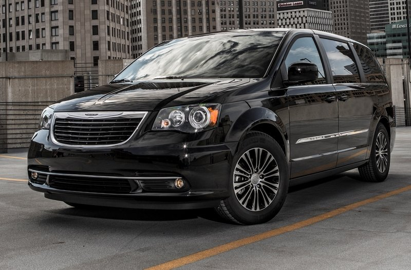 2014 Chrysler Town & Country High Resolution Exterior - image 516976