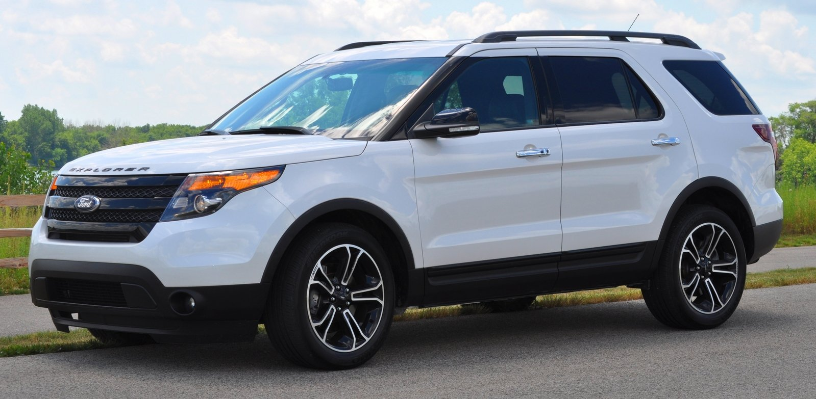 reviews of 2014 ford explorer sport. Black Bedroom Furniture Sets. Home Design Ideas