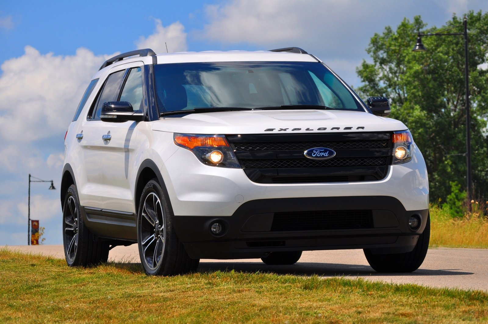2014 ford explorer sport review top speed. Black Bedroom Furniture Sets. Home Design Ideas