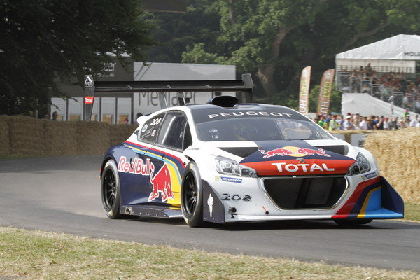 peugeot 208 t16 wins its second hill climb of 2013 at goodwood car news top speed. Black Bedroom Furniture Sets. Home Design Ideas